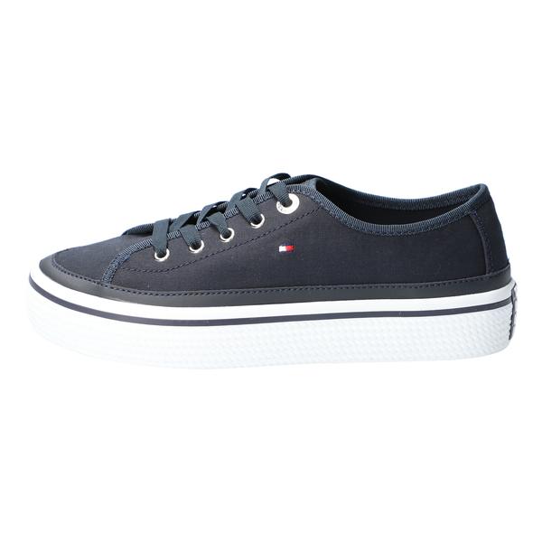Corporate Flatform Sneaker