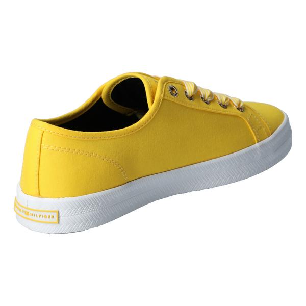 Essential Nautic Sneaker