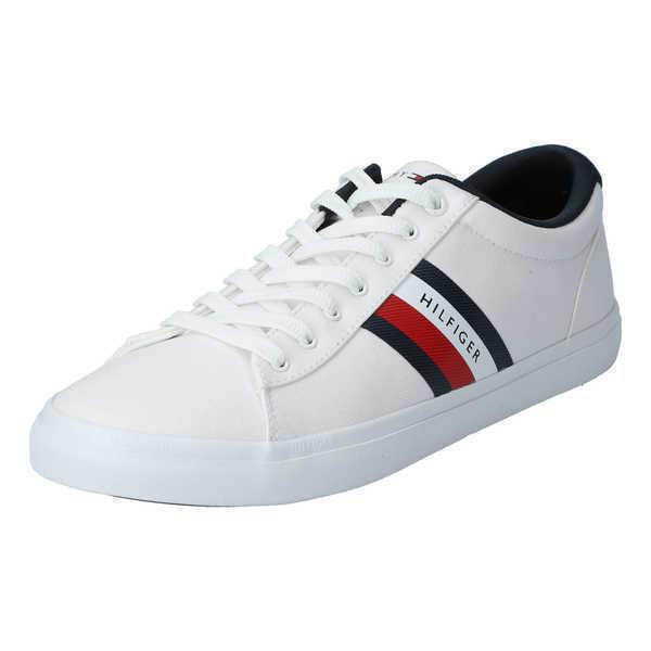 Essential Stripes Sneaker